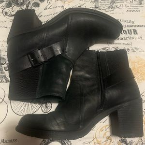 Crown Vintage Shoes - Black buckle booties